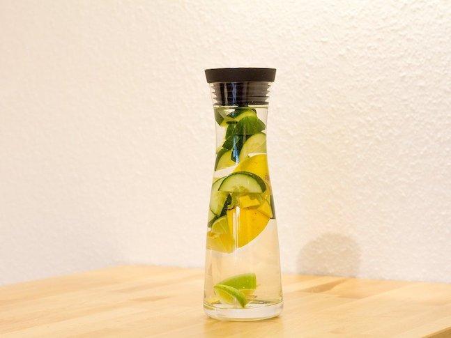 Nane Limon Salatalık Detoksu